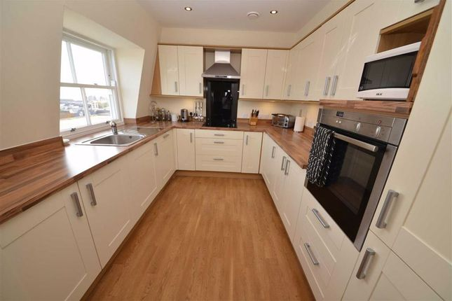 Kitchen of 37, Paxton Court, Tenby, Dyfed SA70