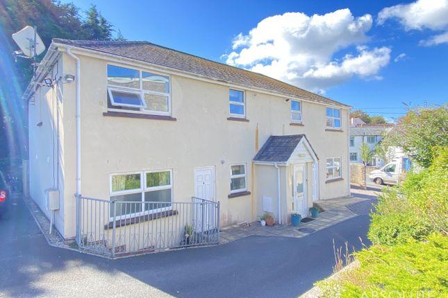 2 bed flat to rent in Castor Road, Brixham TQ5
