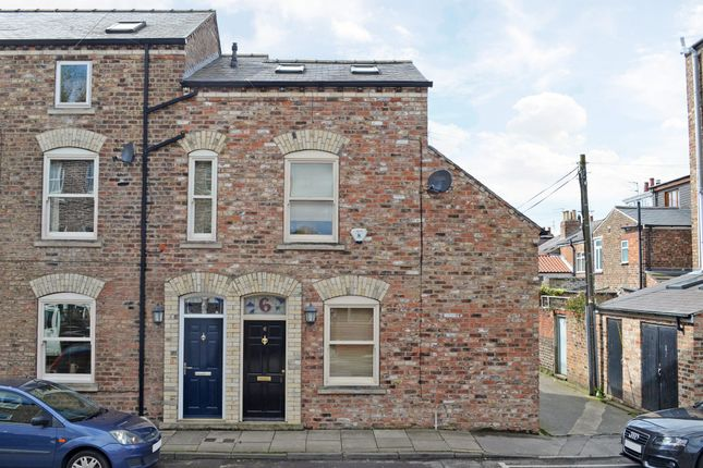 Thumbnail Property for sale in Carey Street, York
