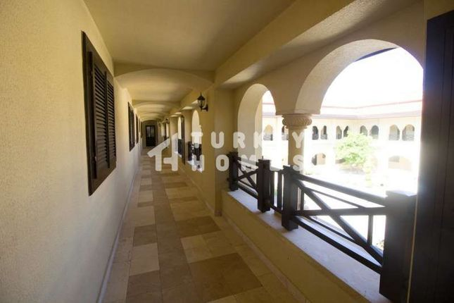 Manavgat Apartment - Nature Setting In Antalya - Galley Balcony Overlooking The Courtyard