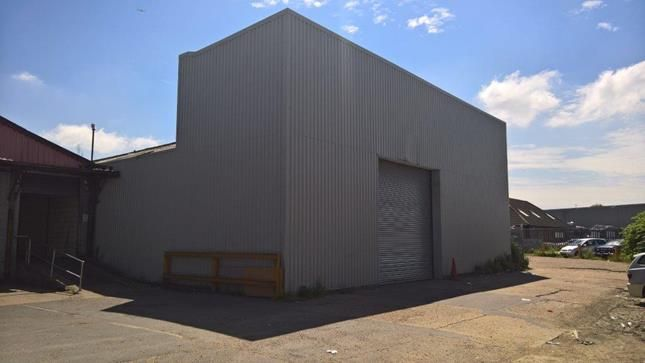 Thumbnail Light industrial to let in Unit 7 Davenport Centre, Renwick Road, Barking, Essex
