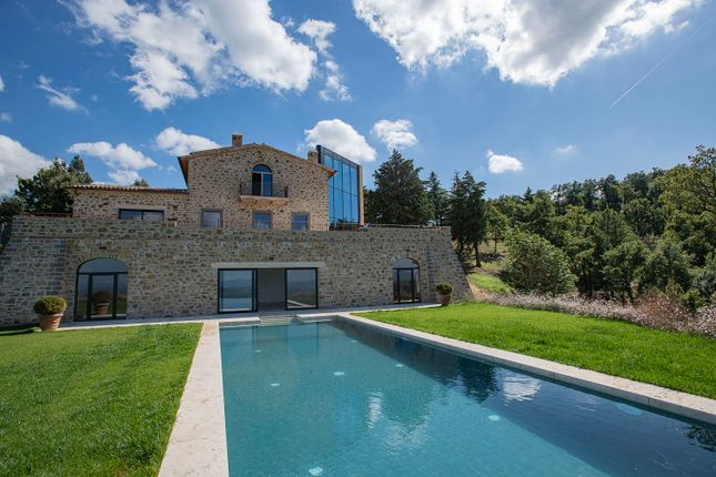 Thumbnail Villa for sale in Piegaro, Piegaro, Perugia, Umbria, Italy