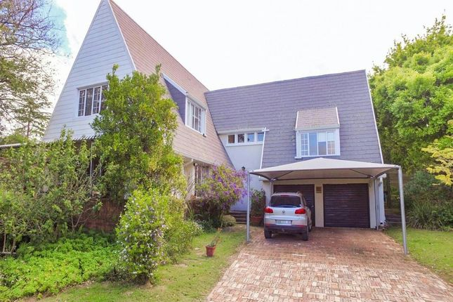 4 bed detached house for sale in 6 Cartwright St, Grahamstown, 6139, South Africa