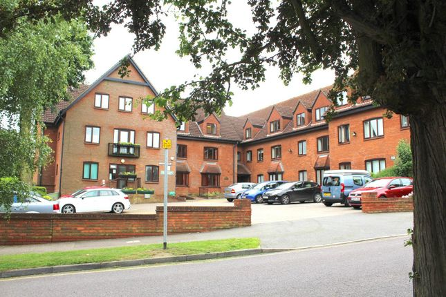 Thumbnail Flat for sale in Chelmsford Road, Shenfield, Brentwood