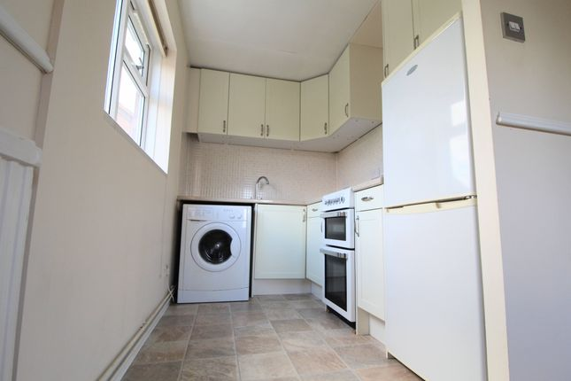 Thumbnail Flat to rent in Hainault Avenue, Giffard Park, Milton Keynes