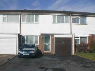 Thumbnail Terraced house to rent in Haghill Lane, Taplow