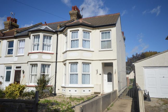 Thumbnail End terrace house to rent in Walton Road, Clacton-On-Sea