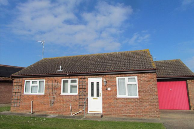 2 bed bungalow to rent in Nightingale Close, Dovercourt, Harwich CO12