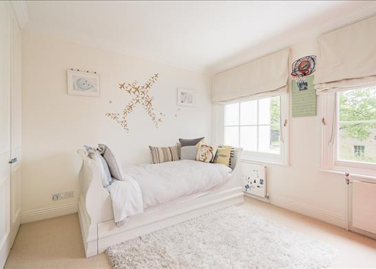 Bedroom of Bedford Gardens, Kensington, London W8