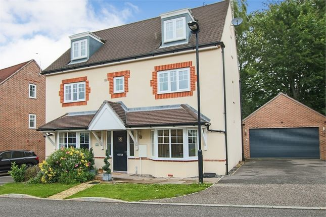 Thumbnail Detached house for sale in Greenhurst Drive, East Grinstead, West Sussex