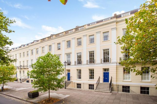 3 bed flat for sale in The Broadwalk, Imperial Square, Cheltenham GL50