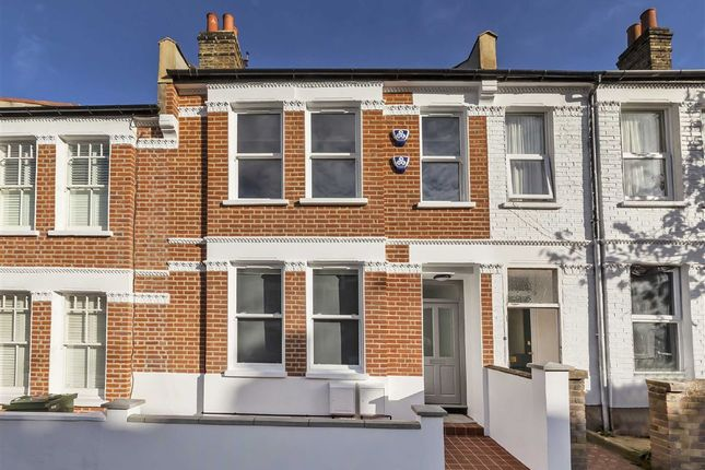 Thumbnail Flat for sale in Kingswood Road, London