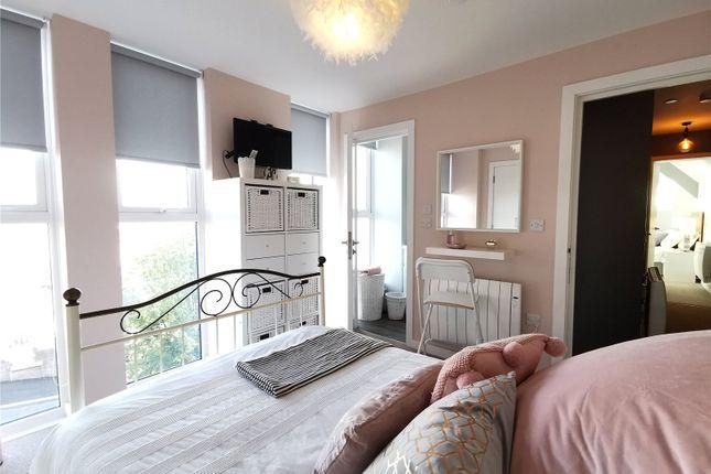 En Suite Bedroom of Windsor Lofts, Windsor Road, Barry, South Glamorgan CF62