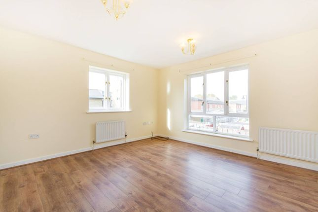 Thumbnail Property to rent in Dorton Close, Peckham