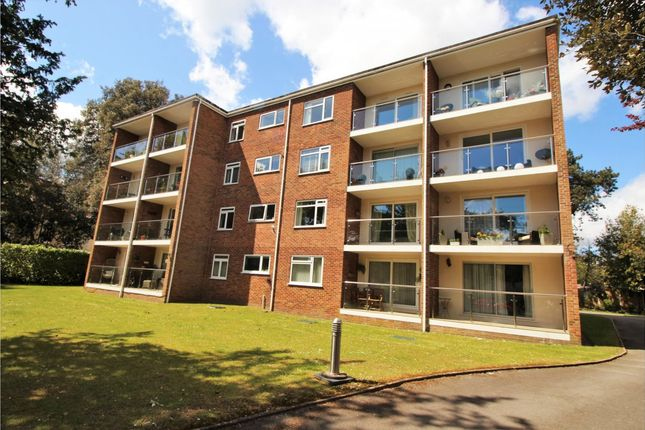 3 bed flat for sale in Chine Crescent Road, Westbourne, Bournemouth BH2