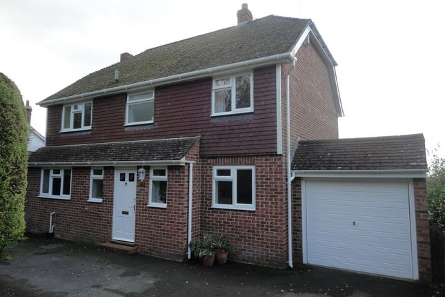 Thumbnail Detached house to rent in Bank Road, Aldington, Ashford