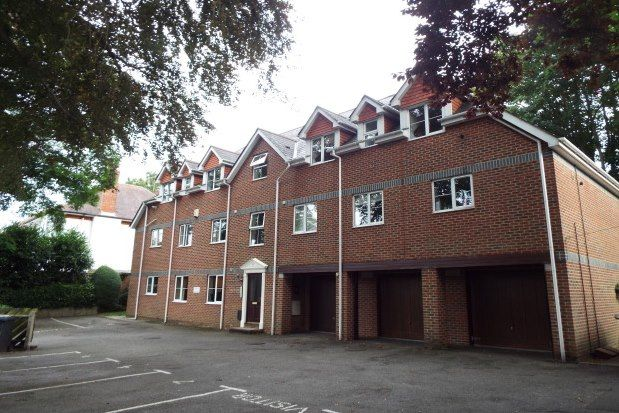 Thumbnail Flat to rent in 34 Surrey Road, Bournemouth