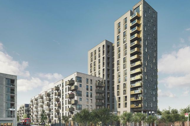 Thumbnail Flat for sale in Alma Road, Ponders End, Enfield