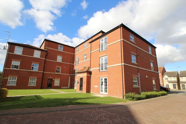 Thumbnail Flat for sale in Lambwath Hall Court, Bransholme, Hull