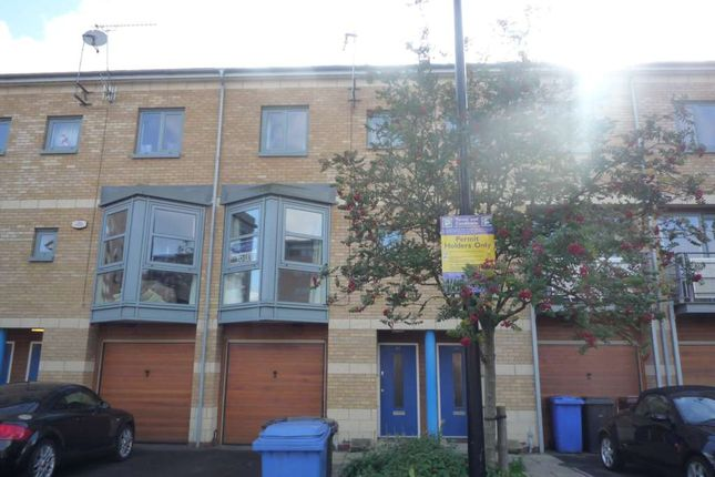 Thumbnail Town house to rent in Maude Street, Ipswich