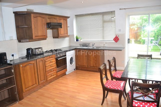 3 bed terraced house for sale in Drayton Avenue, West Ealing, Greater London.