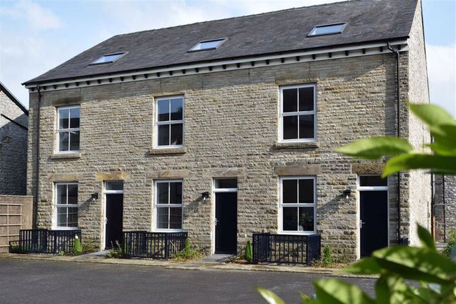 Thumbnail Town house for sale in Hardwick Square South, Buxton, Derbyshire