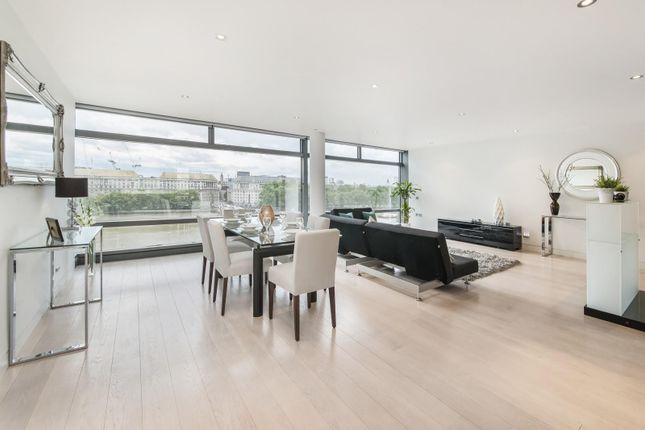 Thumbnail Flat to rent in Parliament View Apartments, Albert Embankment, Southbank, London