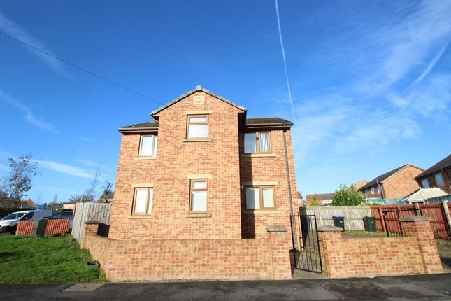 Thumbnail Detached house to rent in Bierley House Avenue, Bierley, Bradford