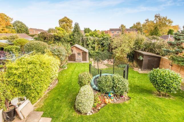 Elevated Garden of Lee Close, Warwick CV34
