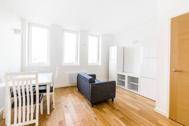 1 bed flat to rent in Canning Road, Stratford