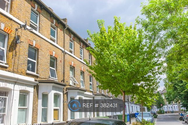 Thumbnail Flat to rent in Chatham Street, London