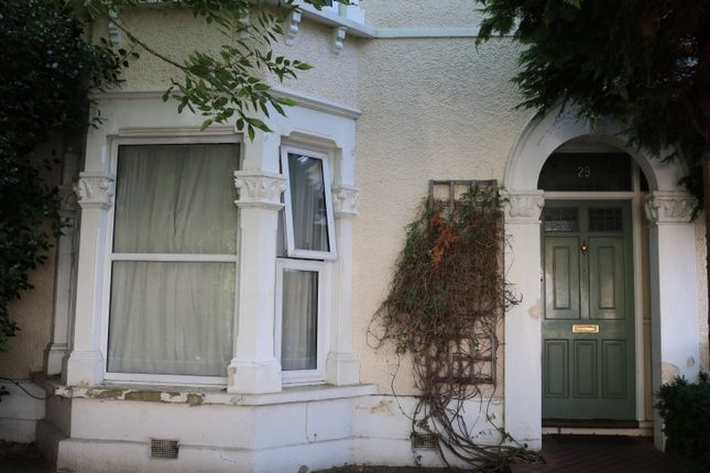 Thumbnail Room to rent in Hafton Road, London, England United Kingdom