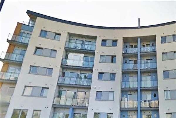 Thumbnail Flat for sale in Tideslea Path, London