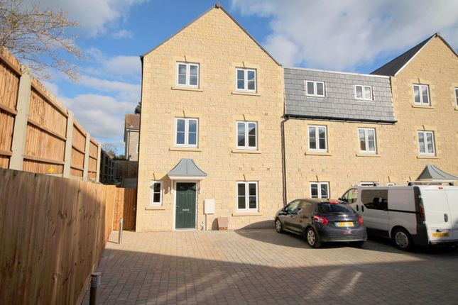 Thumbnail Semi-detached house to rent in Woodbridge Mews, Radcliffe Road, Lincs.
