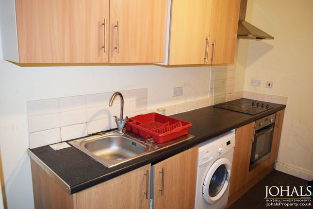 Thumbnail Flat to rent in Fosse Road South, Leicester