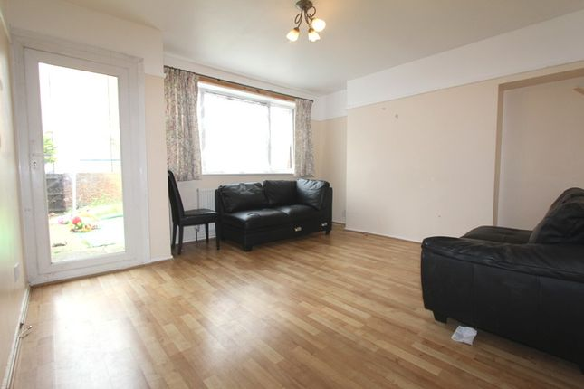 Thumbnail Flat to rent in Corelli Road, Greenwich