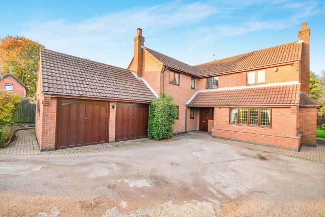 Thumbnail Detached house for sale in Diamond Avenue, Kirkby-In-Ashfield, Nottingham, Nottinghamshire