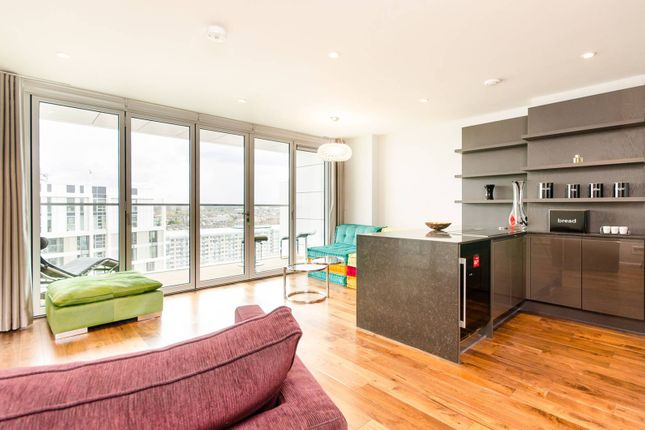 Thumbnail Flat to rent in Buckhold Road, Wandsworth, London