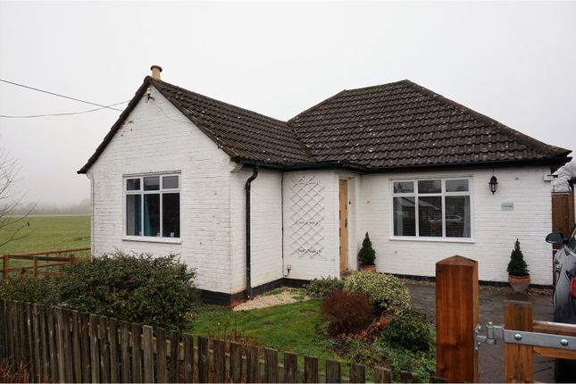 Thumbnail Bungalow for sale in Duffus Hill, Moreton Morrell, Warwick