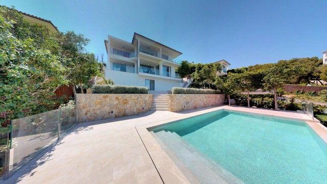 Thumbnail Villa for sale in Spain, Mallorca, Calvià, Portals Nous