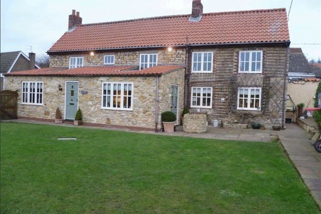 Thumbnail Detached house for sale in Traingate, Kirton Lindsey, Gainsborough