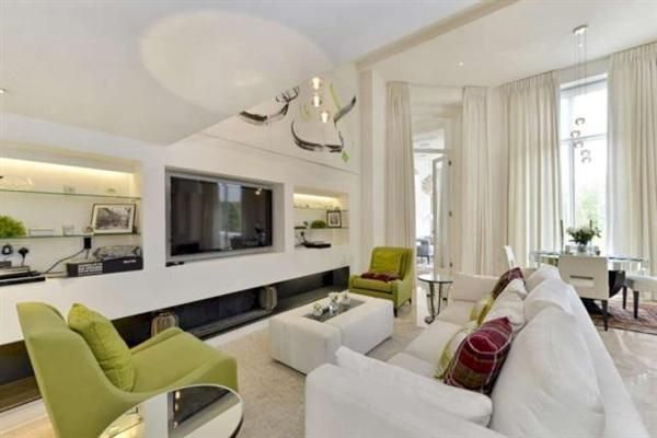 Thumbnail Flat for sale in Hyde Park Gate, London