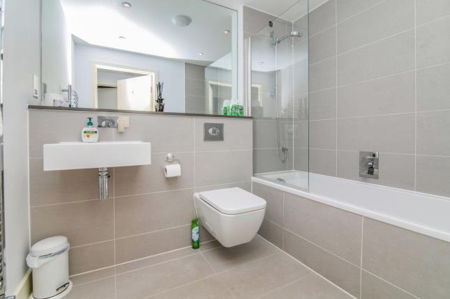 Bathroom of 1 Esplanade Road, Pentire, Newquay TR7
