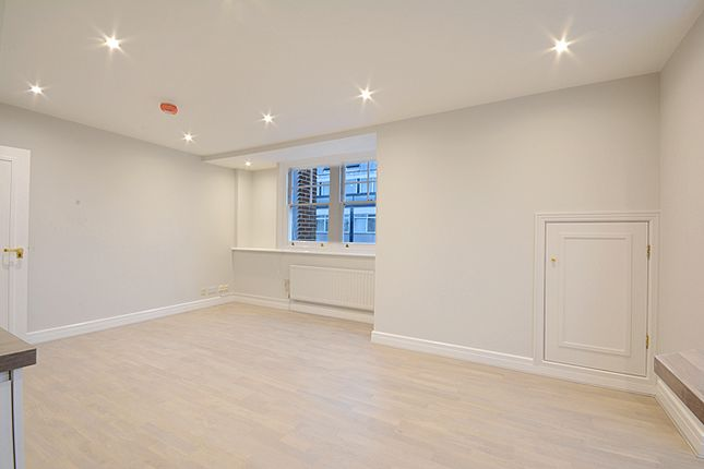 Thumbnail Flat to rent in Welbeck Street, Marylebone