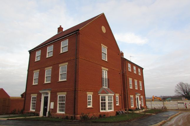 Flat to rent in Thenford Way, Banbury, Oxfordshire