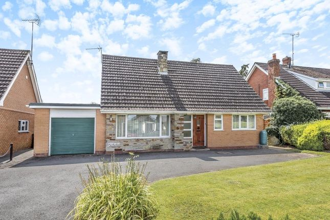 Thumbnail Detached bungalow for sale in Kingsland, Herefordshire