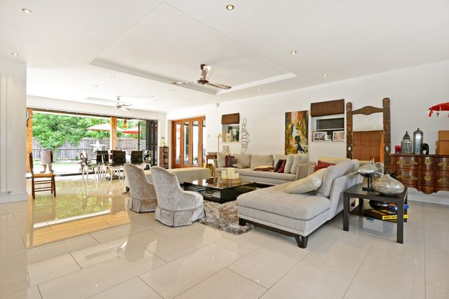 Thumbnail Detached house to rent in Jerviston Gardens, London