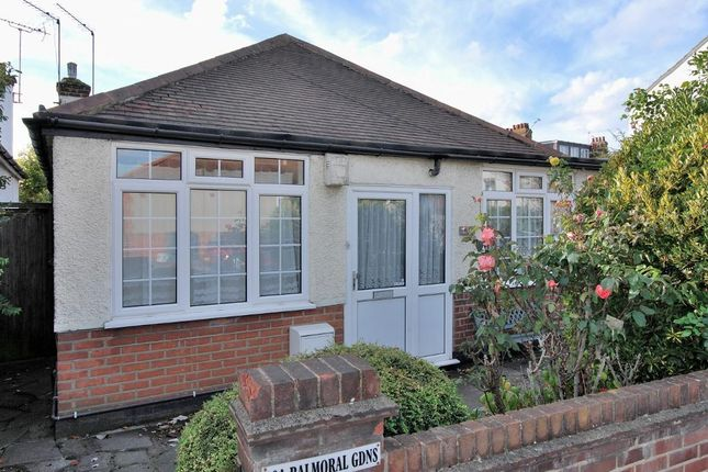 3 bed bungalow to rent in Balmoral Gardens, Ealing, London W13