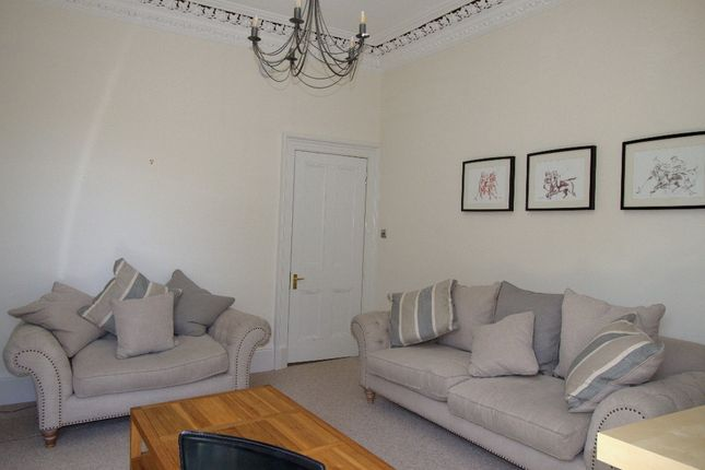 Thumbnail Flat to rent in Sciennes Road, Marchmont, Edinburgh
