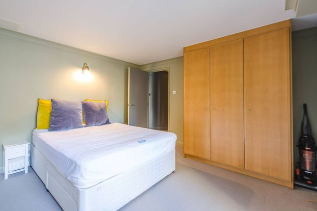 Thumbnail Flat to rent in Bermondsey Wall West, Bermondsey